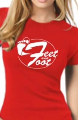 "T SHIRT FEMME Rouge ""Feet and Foot 2013"" modèle 2."