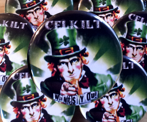 "BADGE CELKILT ""Wants You !"" Diamètre 32 mm. Le badge 3,00 € - 2 badges pour 5,00 € - 10,00 € les 5."